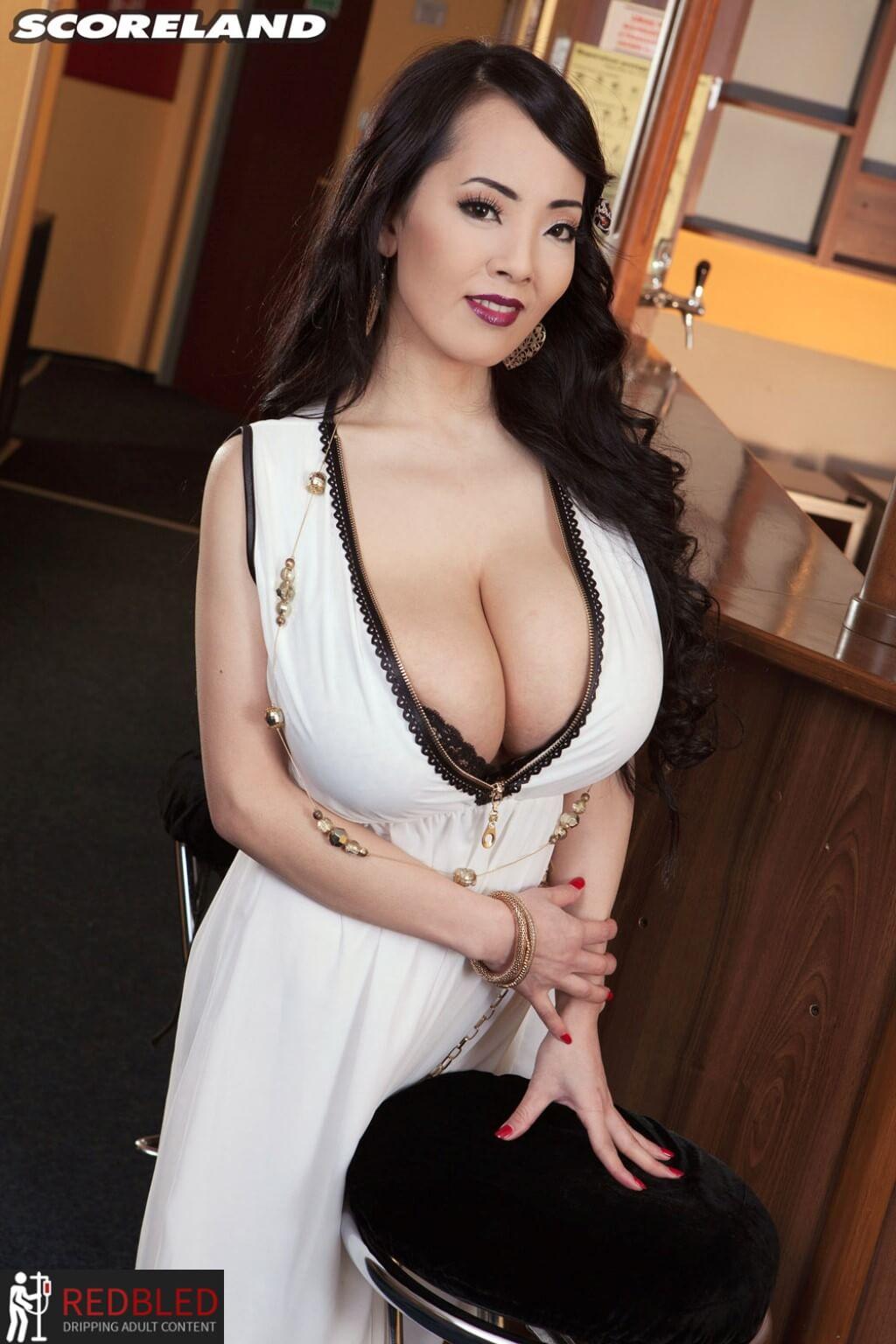 Hitomi Tanaka Nude