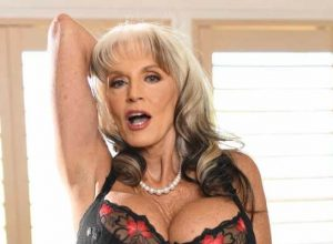 Top 20: Best & Hottest GILF, Granny Pornstars (2019)
