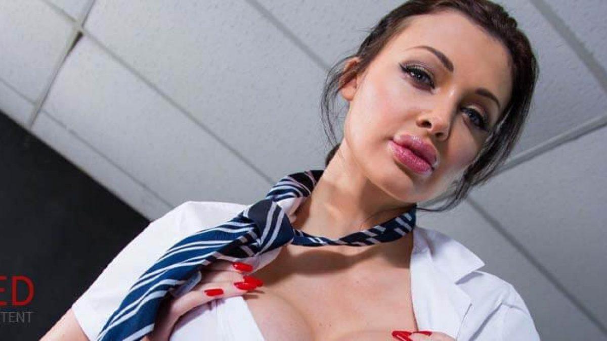 Top 20 Best Blowjobs In Porn Or Blowjob Giving Pornstars 2020