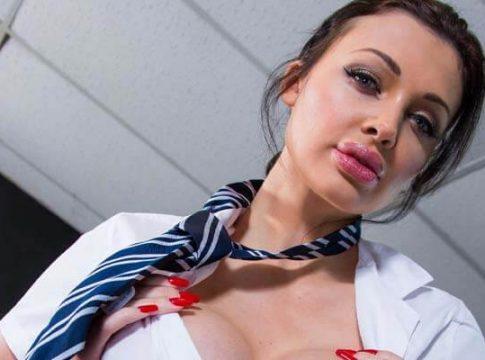 Top 20: Best Blowjobs in Porn or Blowjob Giving Pornstars (2020)
