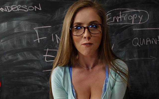 Top 20: Hottest Pornstars with Glasses (2019)