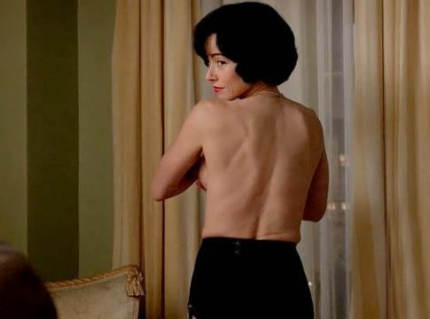 Top 50: Linda Cardellini Nude & Sexy Tits Pictures (2020)