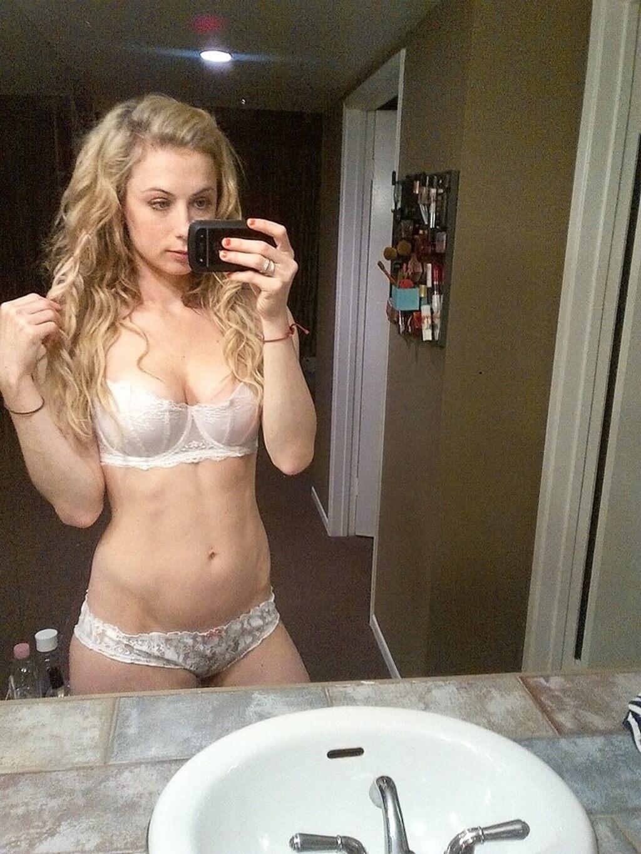 Iliza Shlesinger Nipples